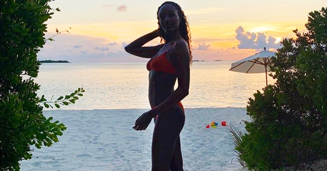 Tyler Perry's Longtime Girlfriend Shows off Her Curves in Vacation Photos