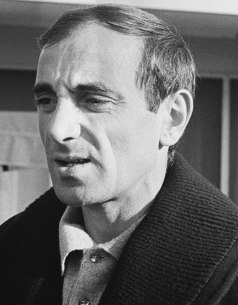 Edith Piaf's protege Charles Aznavour in 1963 | Source: Wikimedia