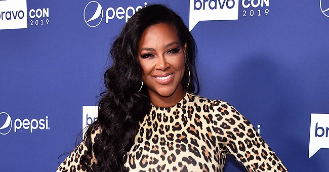 Kenya Moore Praised for Flaunting Natural Beauty in New Selfie Wearing a Meaningful Necklace