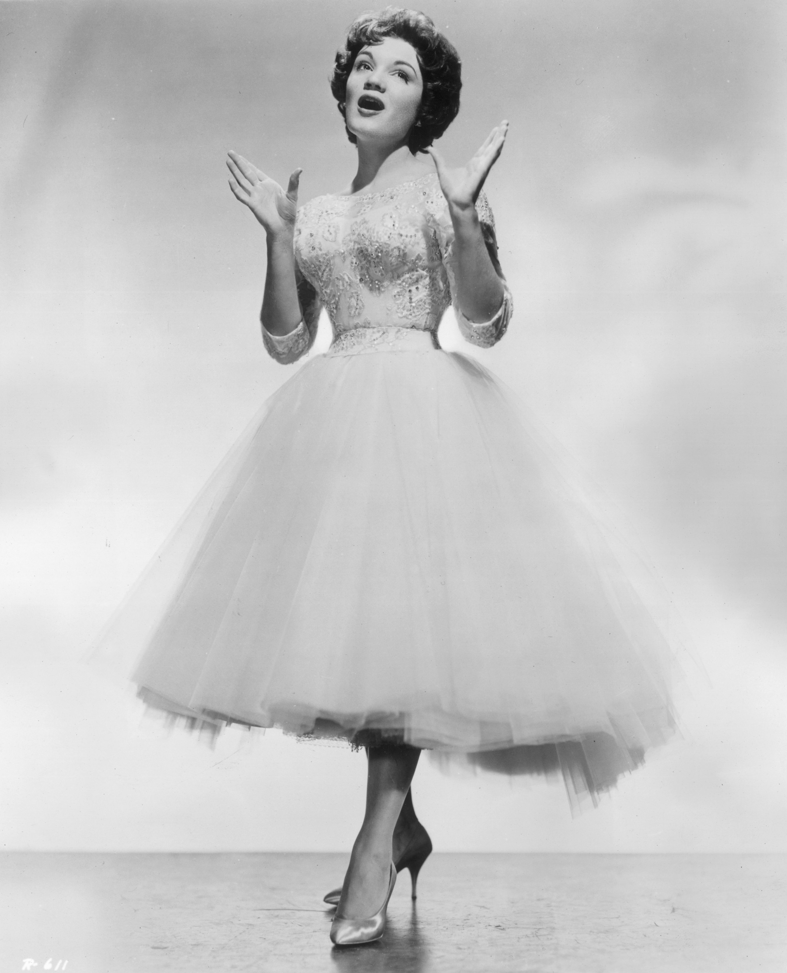Connie Francis singing, 1958   Photo: Getty Images