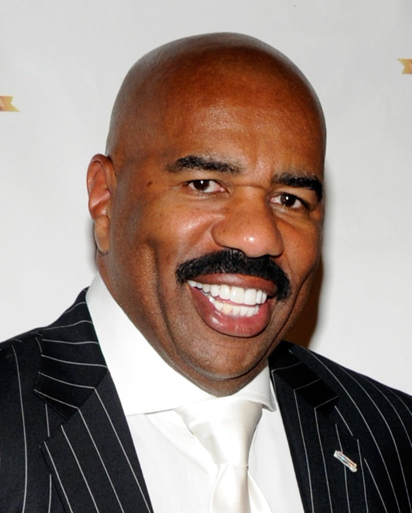 Steve Harvey at the ninth annual Ford Hoodie Awards on Aug. 13, 2011 in Nevada | Photo: Getty Images