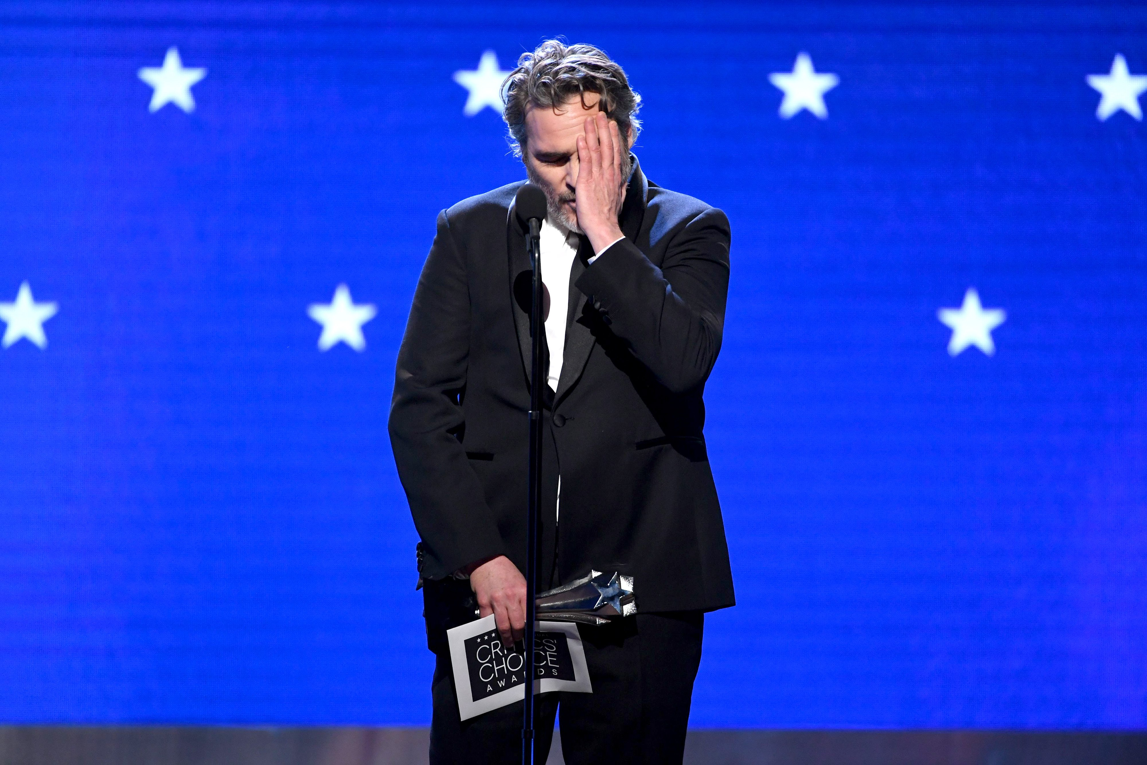 Joaquin Phoenix onstage at the Annual Critics' Choice Awards in Santa Monica, California on January 12, 2020   Photo: Getty Images