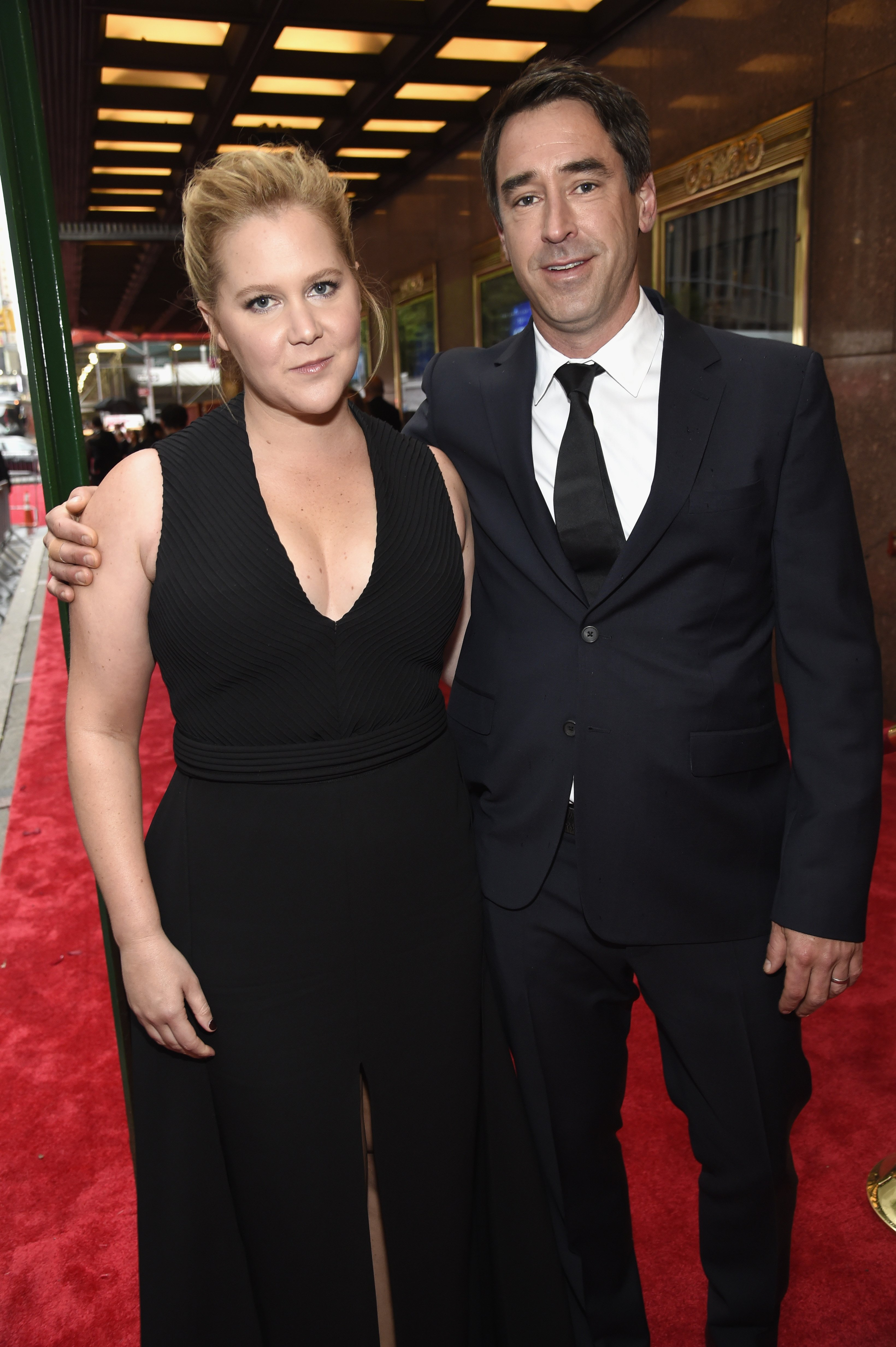Amy Schumer and Chris Fischer attend the 72nd Annual Tony Awards. | Source: Getty Images