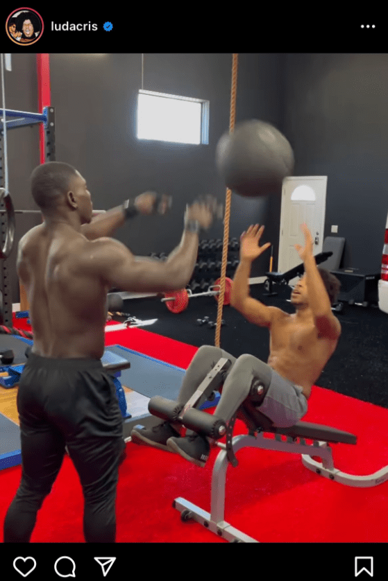 Ludacris performs a workout routine with the aid of a gym coach. | Photo: Instagram.com/ludacris