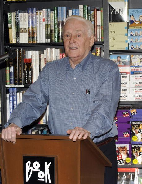 Alan Young at Book Soup on September 10, 2006 in West Hollywood, California. | Photo: Getty Images