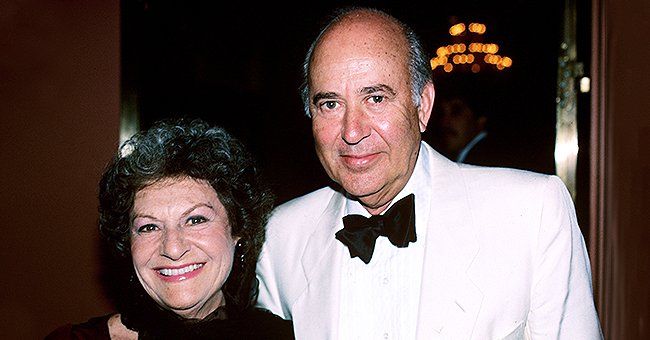 "Estelle Reiner and Carl Reiner during Calvin Klein and Vogue Magazine Host ""Rumor Has It"" Los Angeles Premiere 