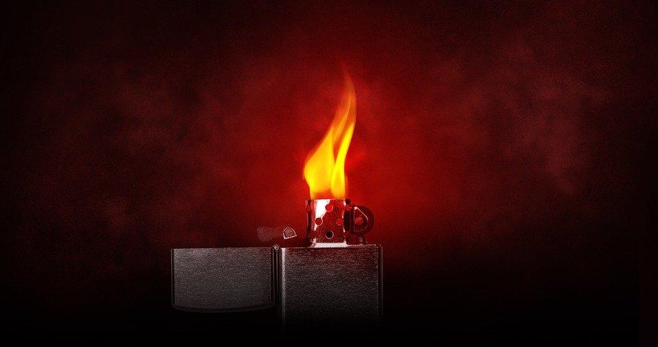 Fuego encendido/ Imagen tomada de: Pixabay