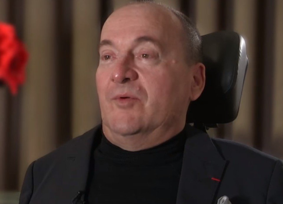 Philippe Pozzo di Borgo au cours d'une interview. l Source : YouTube/ApprentisAuteuil