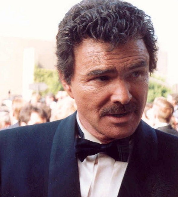 Burt Reynolds at the 43rd Annual Emmy Awards in 1991 | Photo: Wikimedia Commons