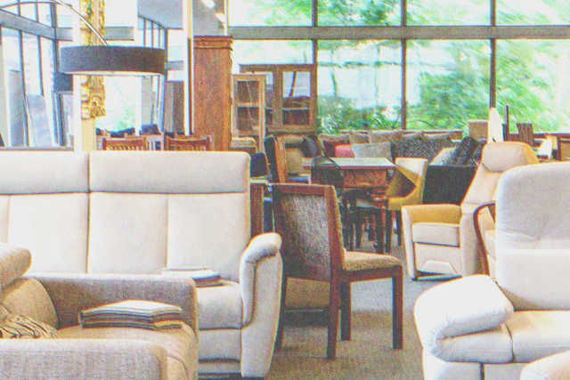 Robert decides to browse furniture stores | Source: Shutterstock