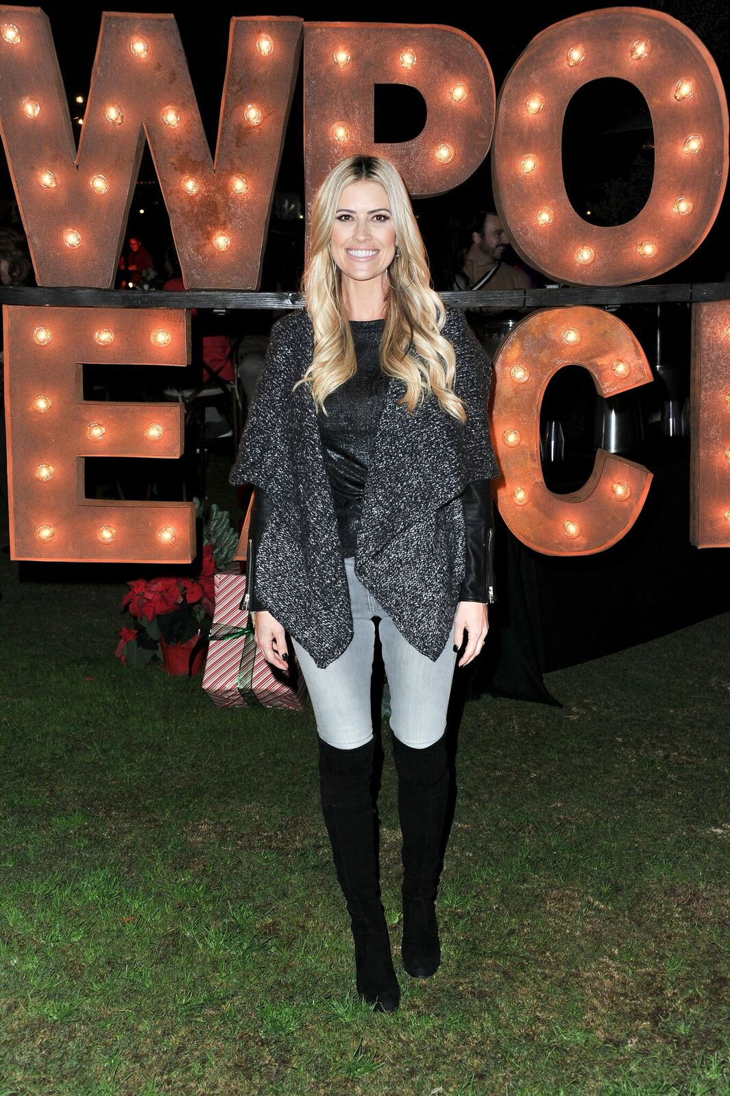 Christina Anstead at the 111th Annual Newport Beach Christmas Boat Parade opening night at Marina Park on December 18, 2019, in Newport Beach, California | Photo: Allen Berezovsky/Getty Images