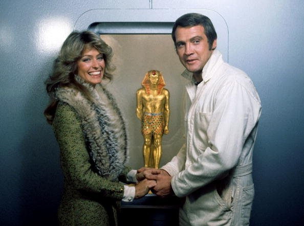 Farrah Fawcett and Lee Majors in 1976. | Photo: Getty Images