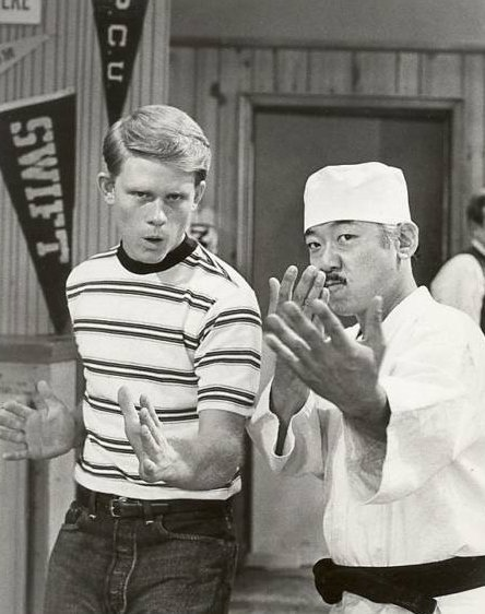 Ron Howard and Pat Morita, circa 1970s | Photo: Getty Images