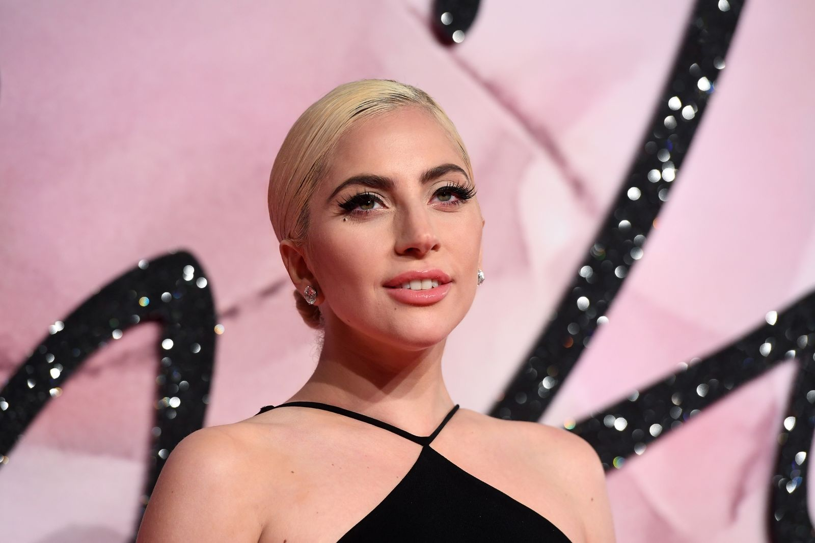 Lady Gaga at The Fashion Awards on December 5, 2016, in London, United Kingdom | Photo: Stuart C. Wilson/Getty Images