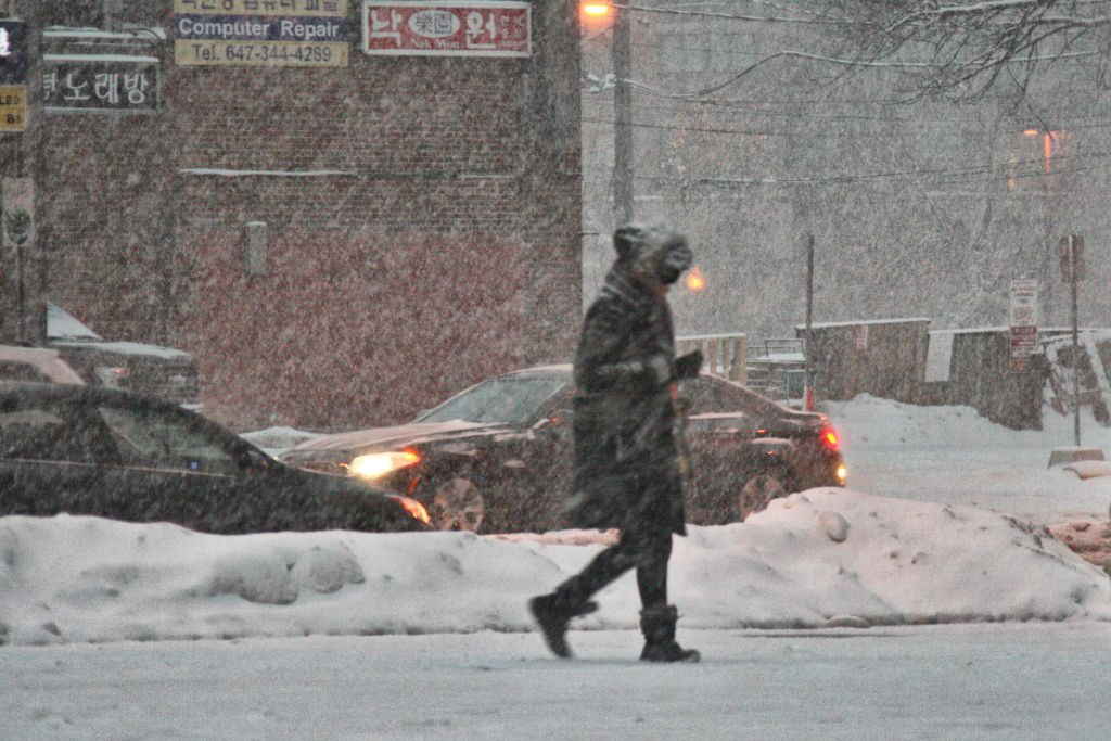 Massive snowstorm hit Toronto, Ontario, Canada, on December 06, 2019 | Photo: Getty Images