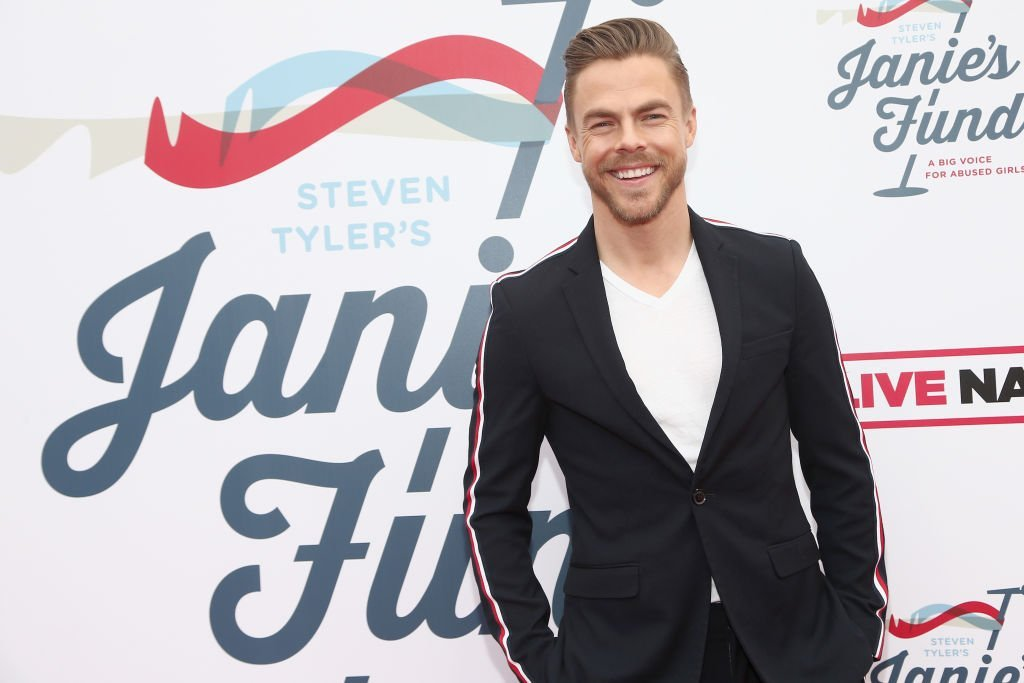 Derek Hough attends Steven Tyler's Second Annual GRAMMY Awards Viewing Party to benefit Janie's Fund presented by Live Nation at Raleigh Studios on February 10, 2019 | Photo: GettyImages
