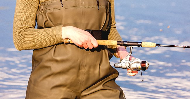 Daily Joke: Woman Goes to Store to Buy Fishing Rod and Reel
