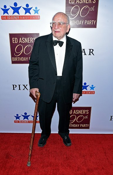 Ed Asner at his 90th Birthday Party and Celebrity Roast at The Roosevelt Hotel in Hollywood, California. | Photo: Getty Images