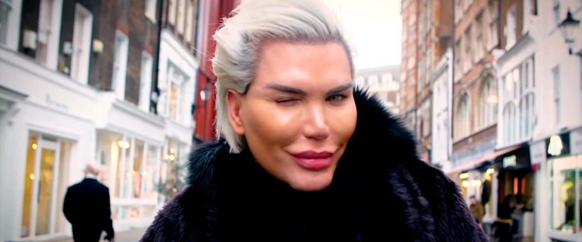 Rodrigo Alves speaking on why he became a woman with Truly | Photo: YouTube/Truly