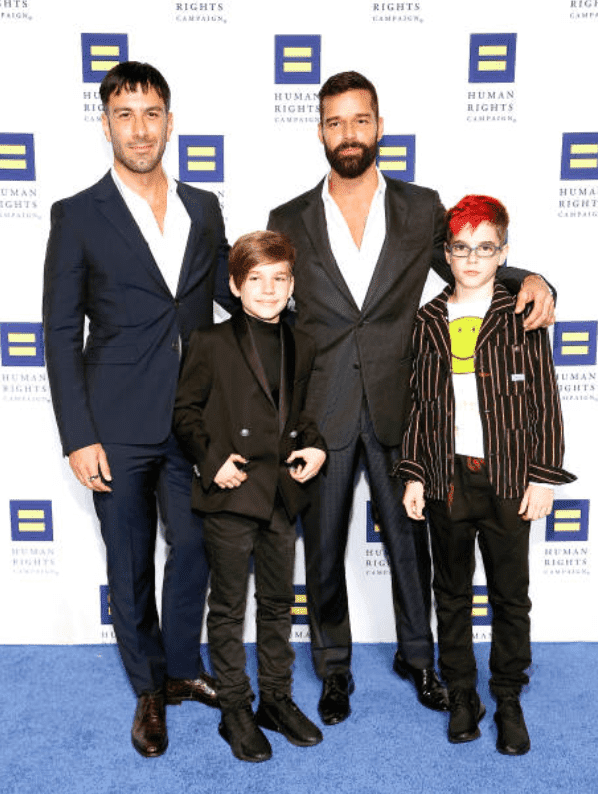 Jwan Yosef, Ricky Martin and their twin son's; Matteo Martin and Valentino Martin pose on the red carpet at the 23rd Annual Human Rights Campaign National Dinner, on September 28, 2019, Washington, DC | Source: Paul Morigi/Getty Images