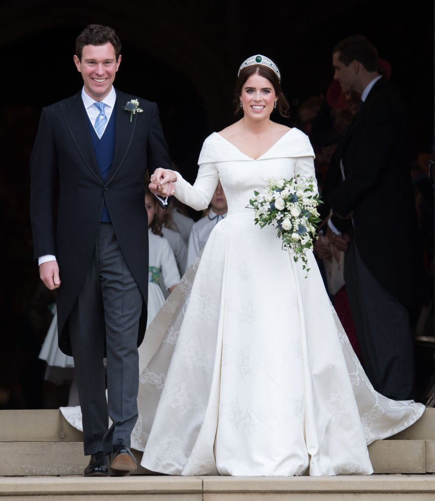 Princess Eugenie of York and Jack Brooksbank leave St George's Chapel in Windsor Castle following their wedding at St. George's Chapel. | Photo: Getty Images