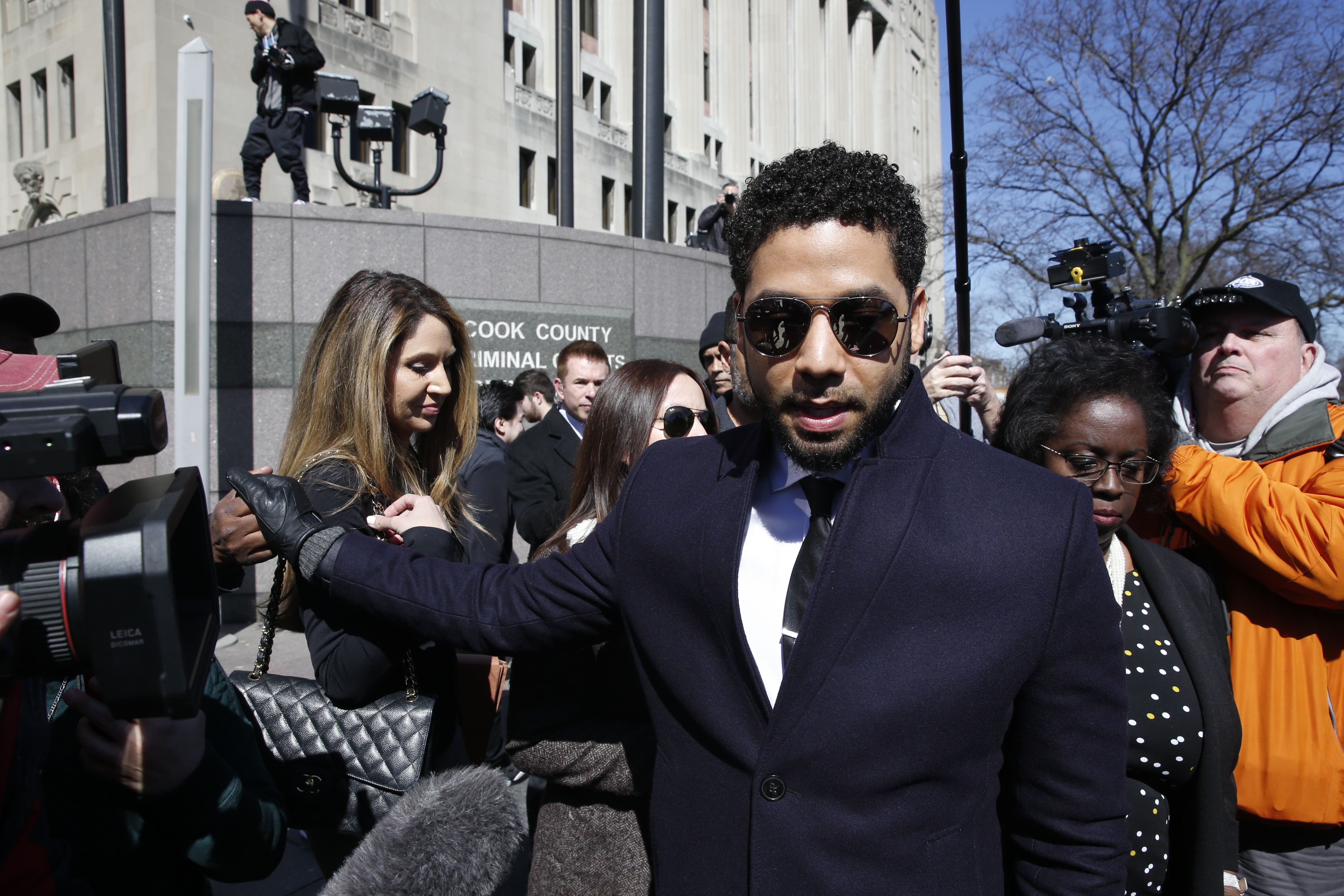 Jussie Smollett walking out of the Cook County Criminal Court | Source: Getty Images/GlobalImagesUkraine