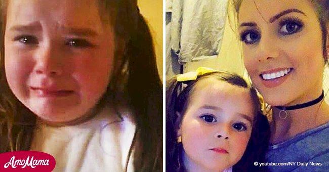 La petite fille ne peut s'empêcher de pleurer après avoir appris qu'elle passerait à nouveau un Noël sans abri