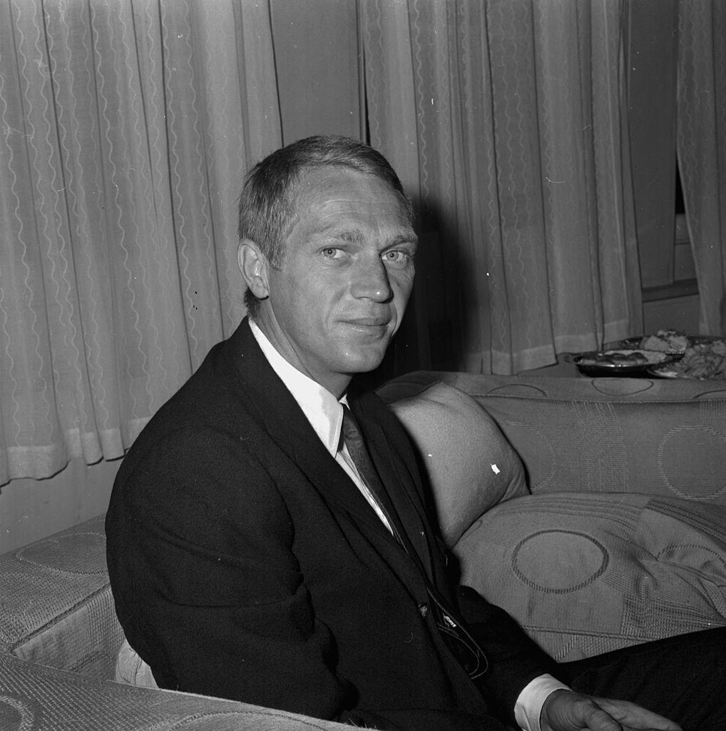 Le comédien Steve McQueen le 24 août 1964. l Source : Getty Images