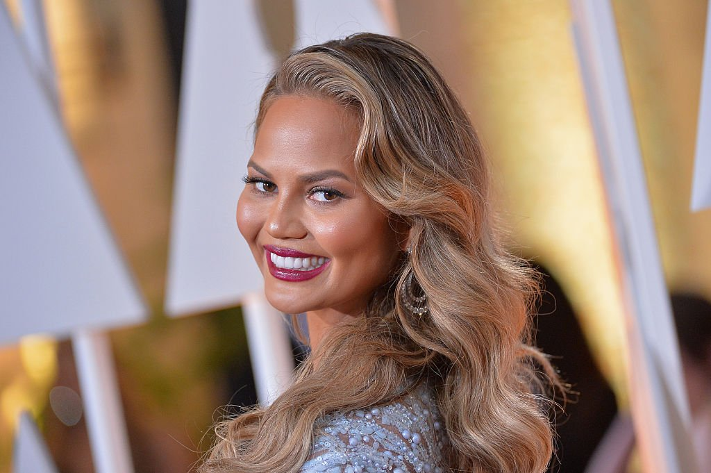 Model Chrissy Teigen attends the 87th Annual Academy Awards at Hollywood & Highland Center on February 22, 2015 in Hollywood, California. | Source: Getty Images