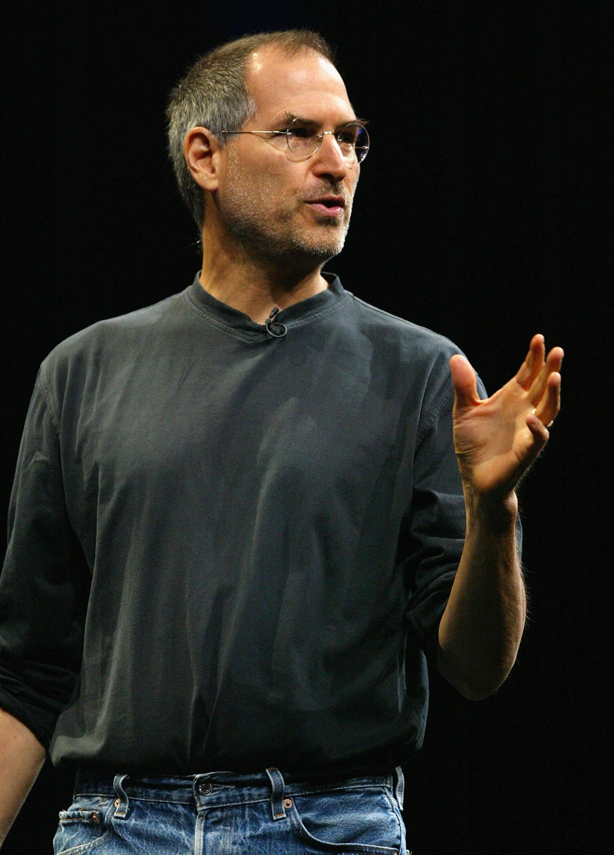 Steve Jobs delivers the keynote address at the 2004 Worldwide Developers Conference June 28, 2004, in San Francisco, California.   Source: Getty Images.
