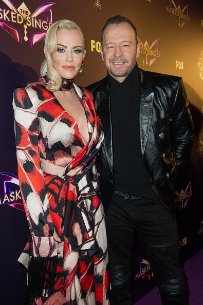 Jenny McCarthy and Donnie Wahlberg at The Peppermint Club on December 13, 2018 in Los Angeles, California | Source: Getty Images