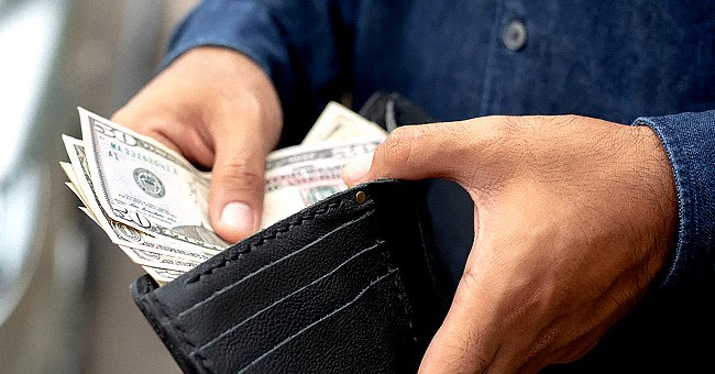 Story of the Day: A Man Finds a Wallet with $700 in It