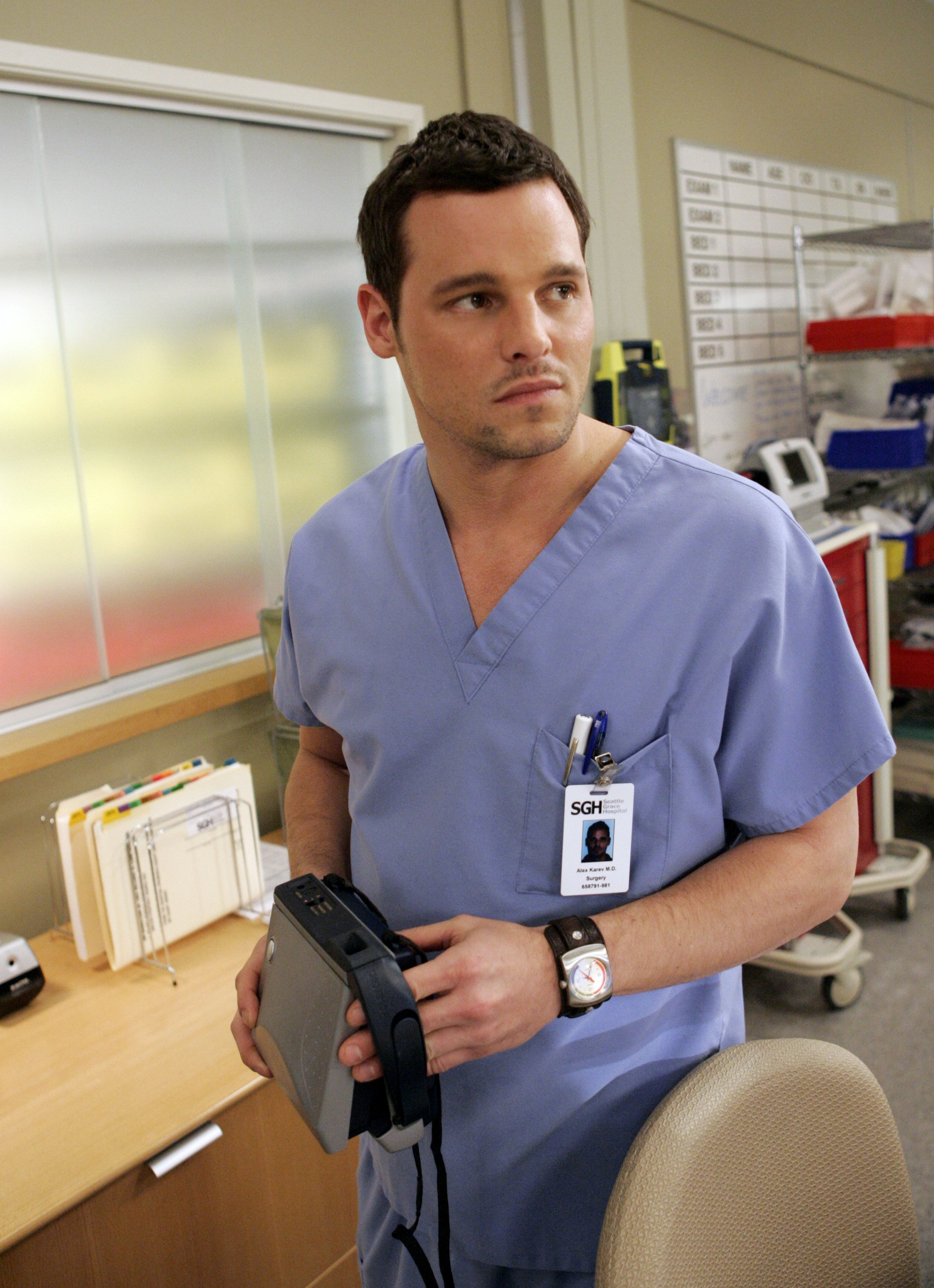 "Justin Chambers in an episode of ""Grey's Anatomy"" on February 15, 2007. 