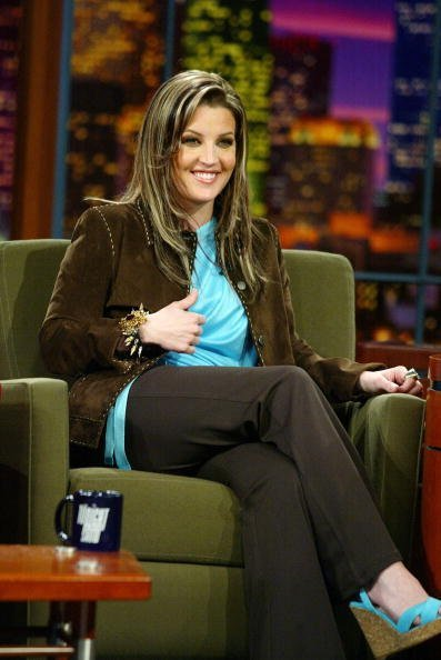 """Lisa Marie Presley appears on """"The Tonight Show with Jay Leno"""" at the NBC Studios on May 1, 2003, in Burbank, California.   Source: Getty Images."""