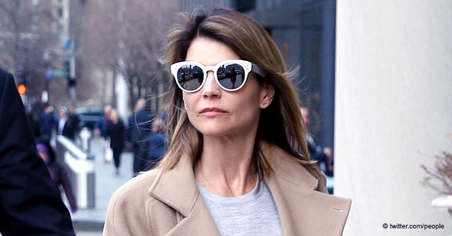 People: Lori Loughlin Signs Autographs Ahead of Hearing for College Admissions Scandal