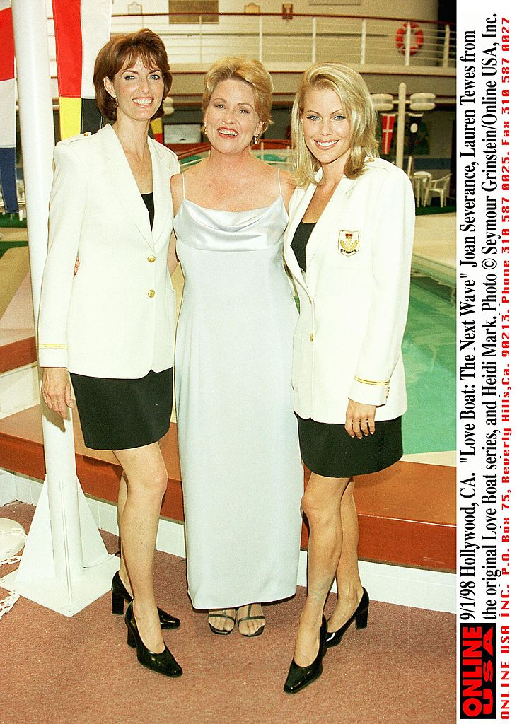 Camille Hunter, Lauren Tewes, and Heidi Mark pose in Hollywood, California on September 1, 1998 | Photo: Getty Images