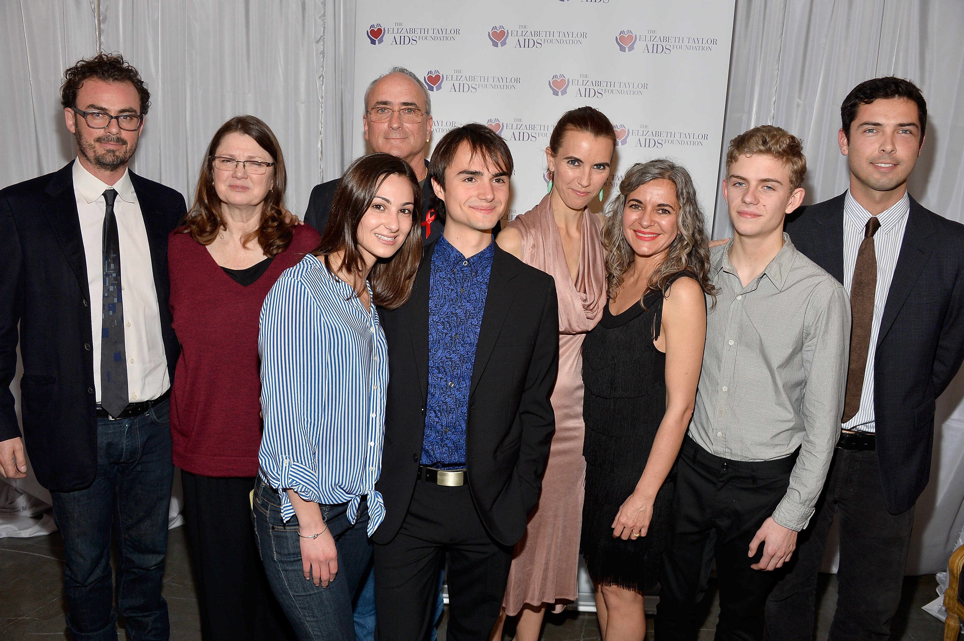 Anthony Cran, Margie Wilding, Christopher Wilding, Alexa et son petit ami Rhys Tivey, Naomi Wilding, Laela Wilding, Finn McMurray, et Caleb Wilding en 2014. I Image : Getty Images.