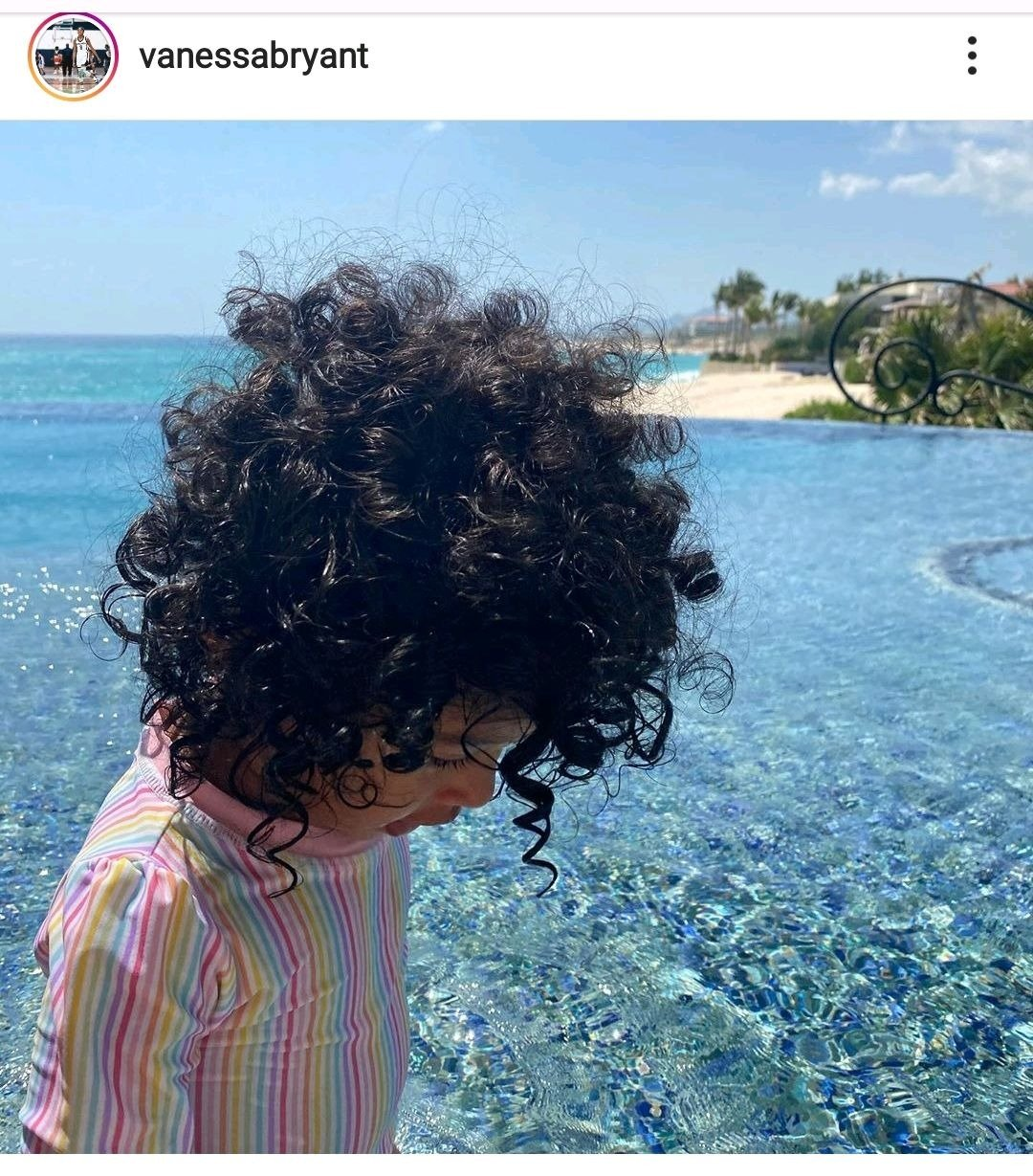 Photo of Vanessa Bryant's daughter, Capri's full hair on her Instagram page | Photo: Instagram / vanessabryant