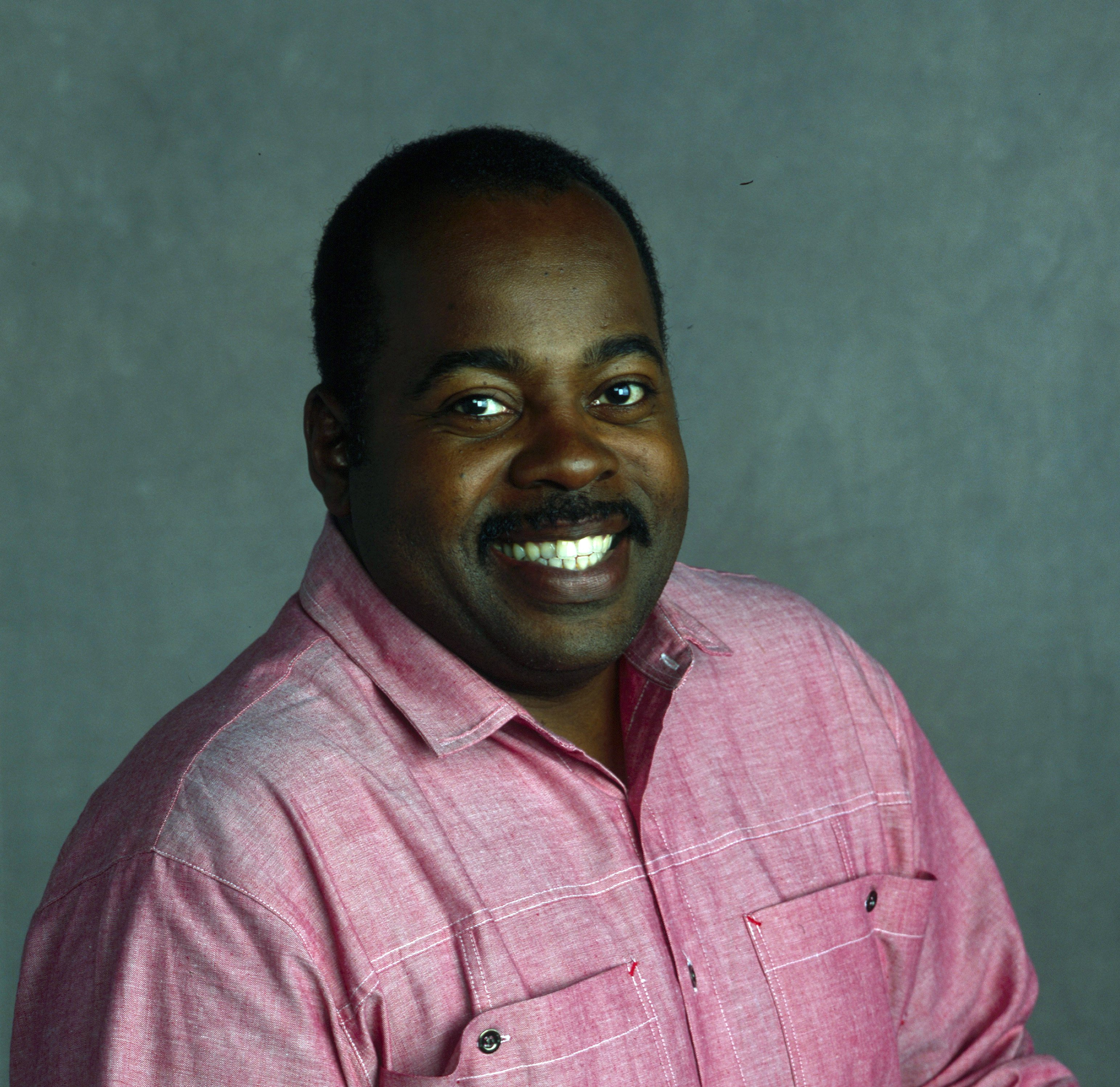 """Reginald VelJohnson on the """"Family Matters"""" Pilot - """"The Momma Who Came to Dinner""""  September 22, 1989 