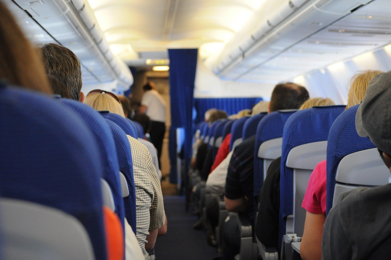 Passengers on a plane. Image credit: Pixabay