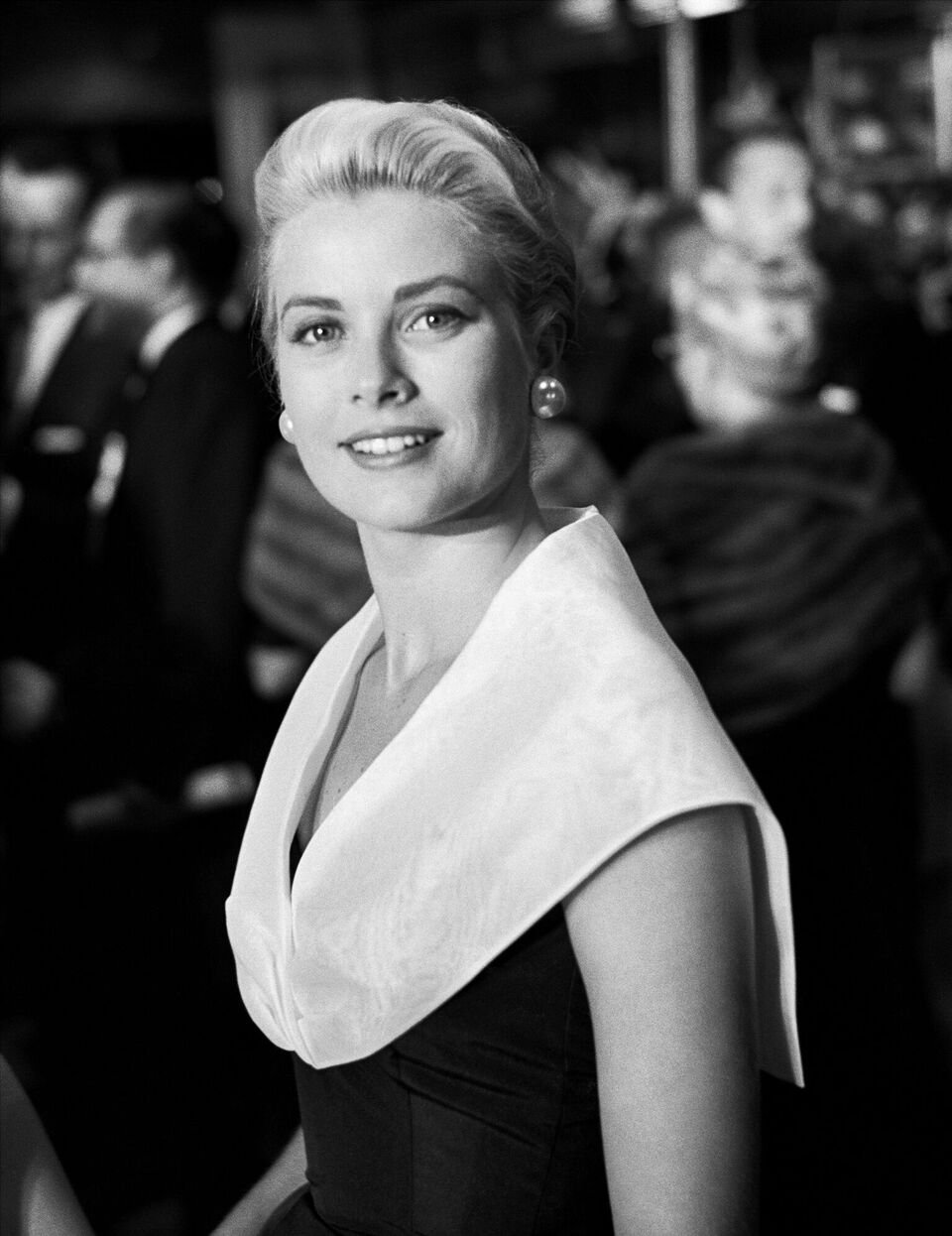 "Grace Kelly attends the premiere of the movie ""Rear Window."" 
