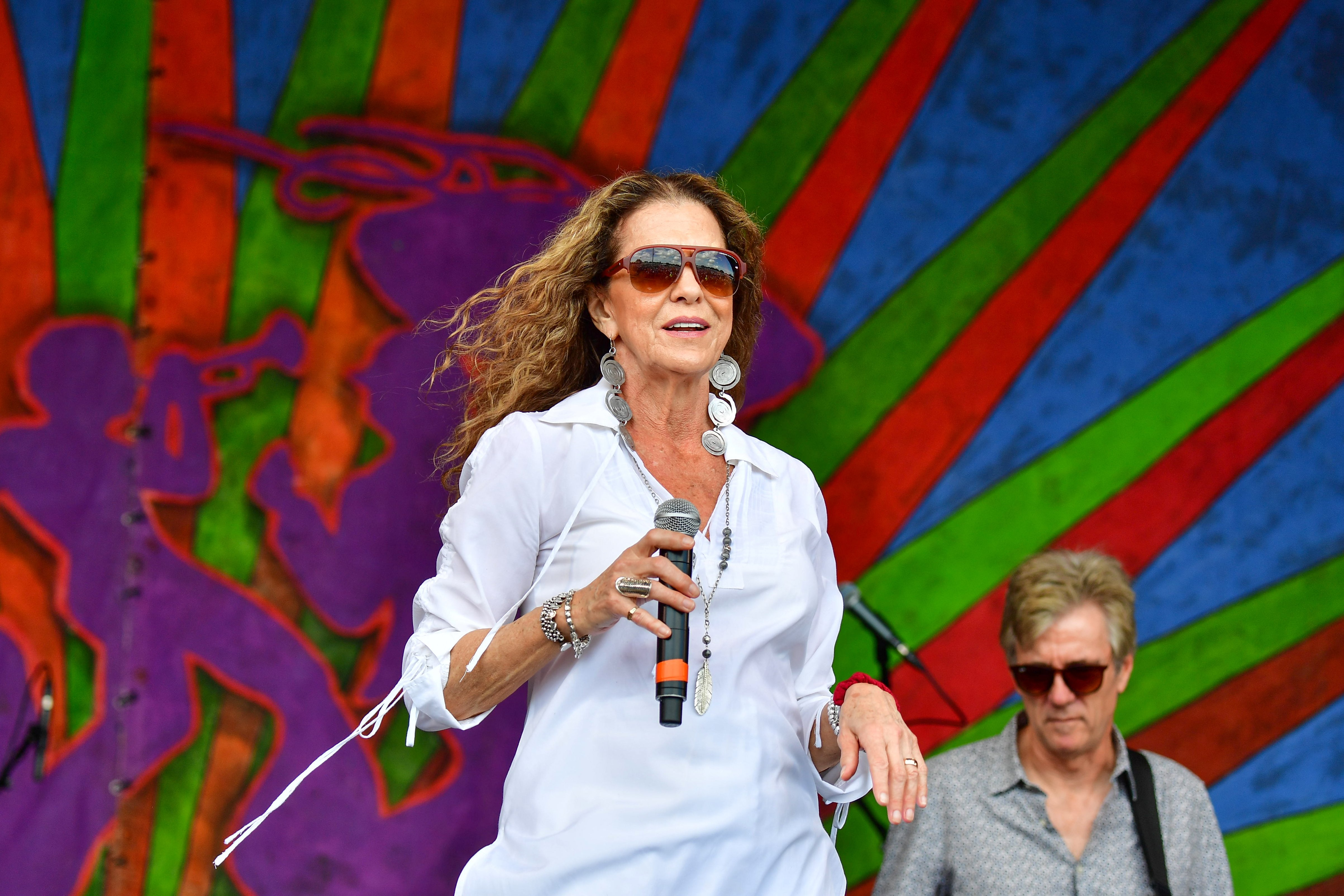 Rita Coolidge performs during the 2019 New Orleans Jazz & Heritage Festival 50th Anniversary | Photo: Getty Images