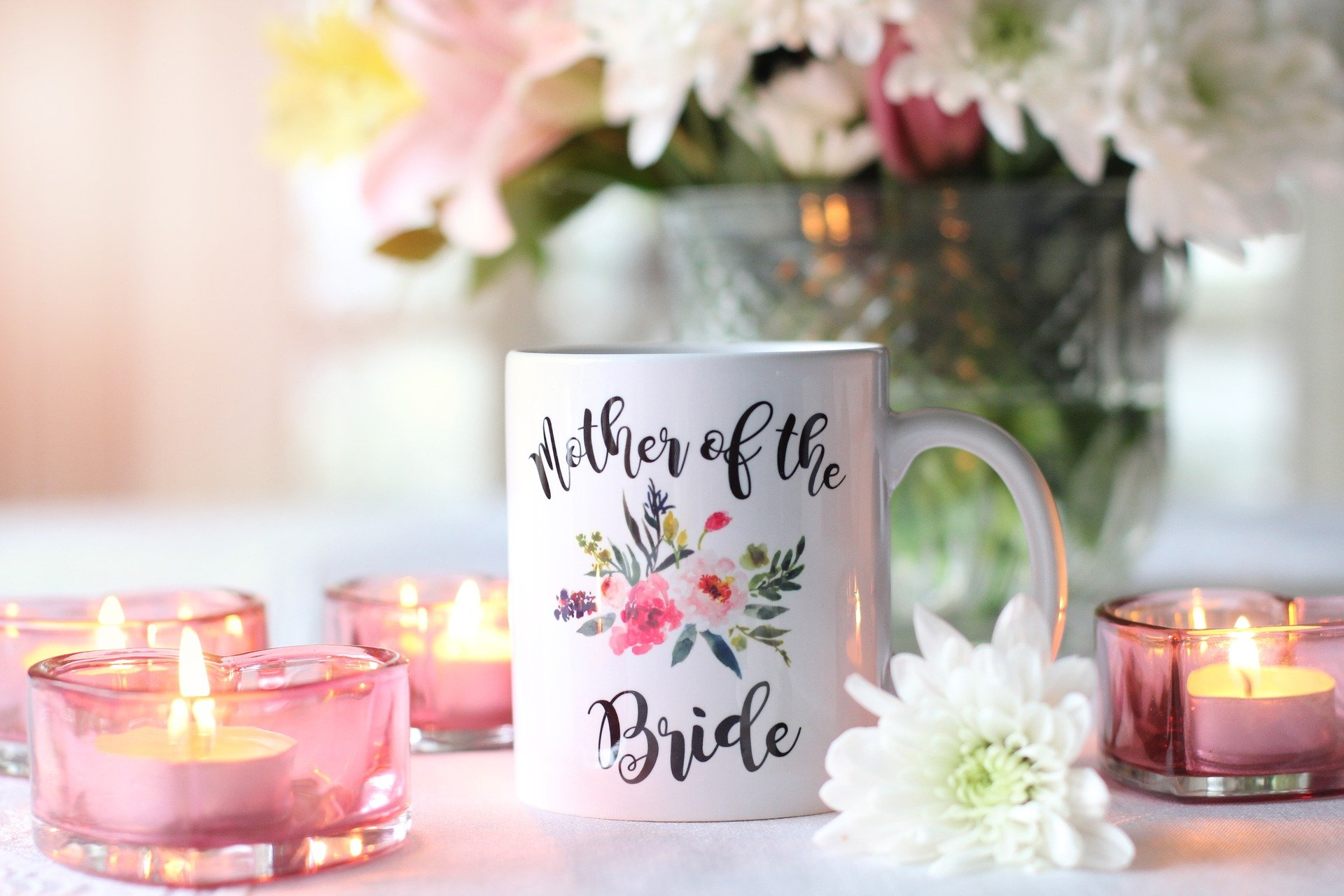 Mother of the Bride cup at a wedding. | Source: TerriC/Pixabay