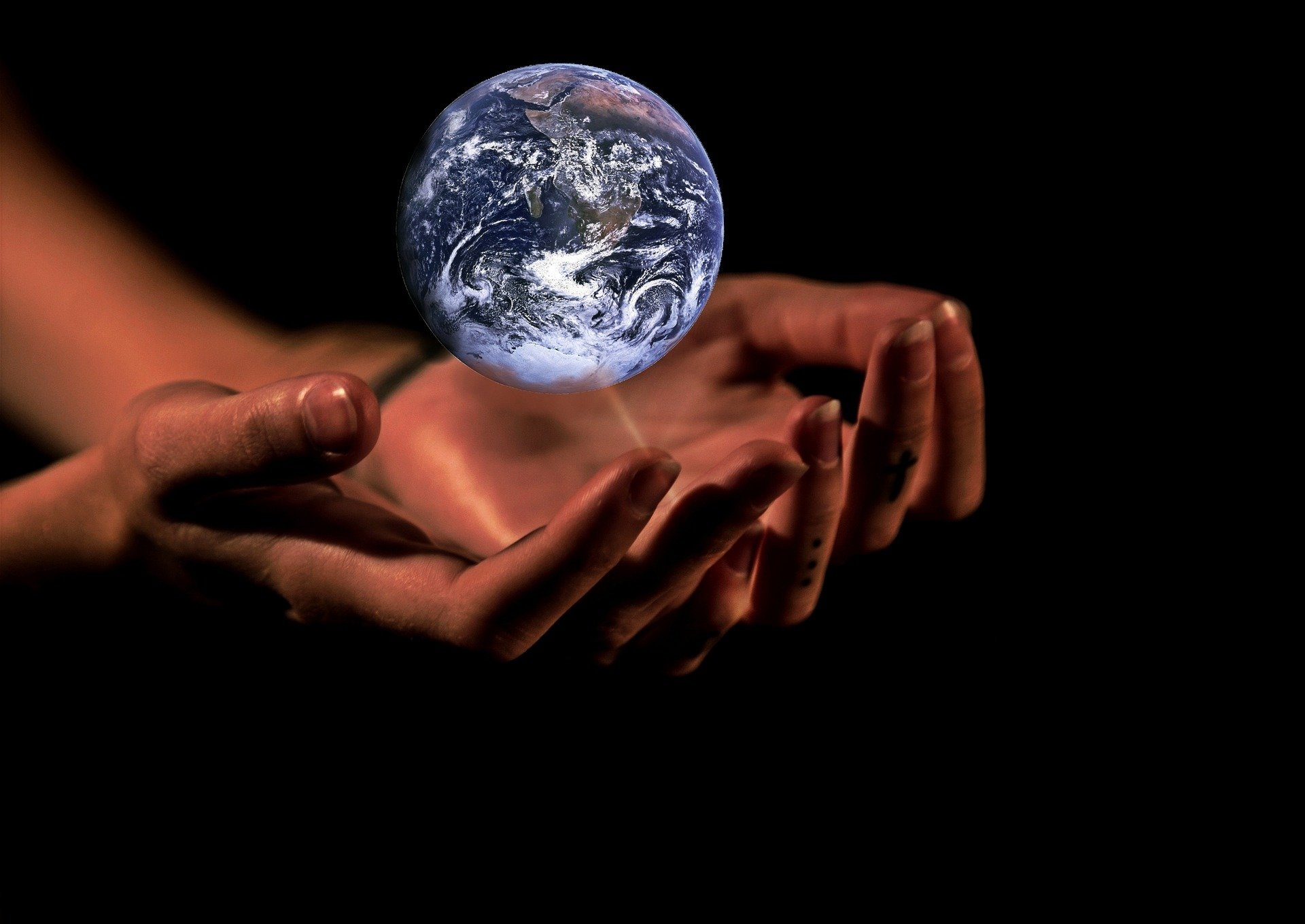 Illustration that planet earth is in our hands | Source: Pixabay