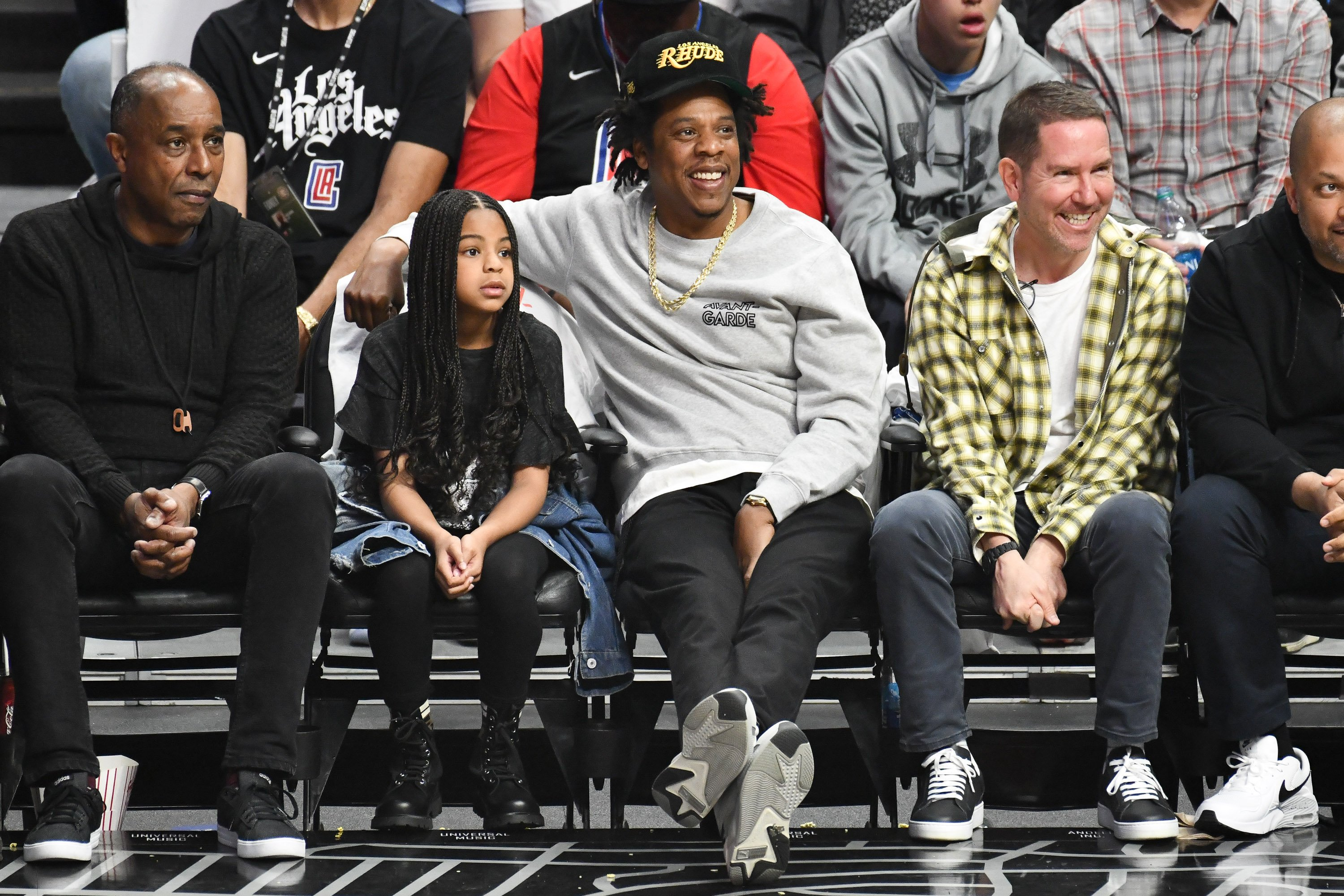 Blue Ivy with her father, Jay-Z watching the game between the Lakers and the Clippers on March 8, 2020 at the Staples Center. | Photo: Getty Images