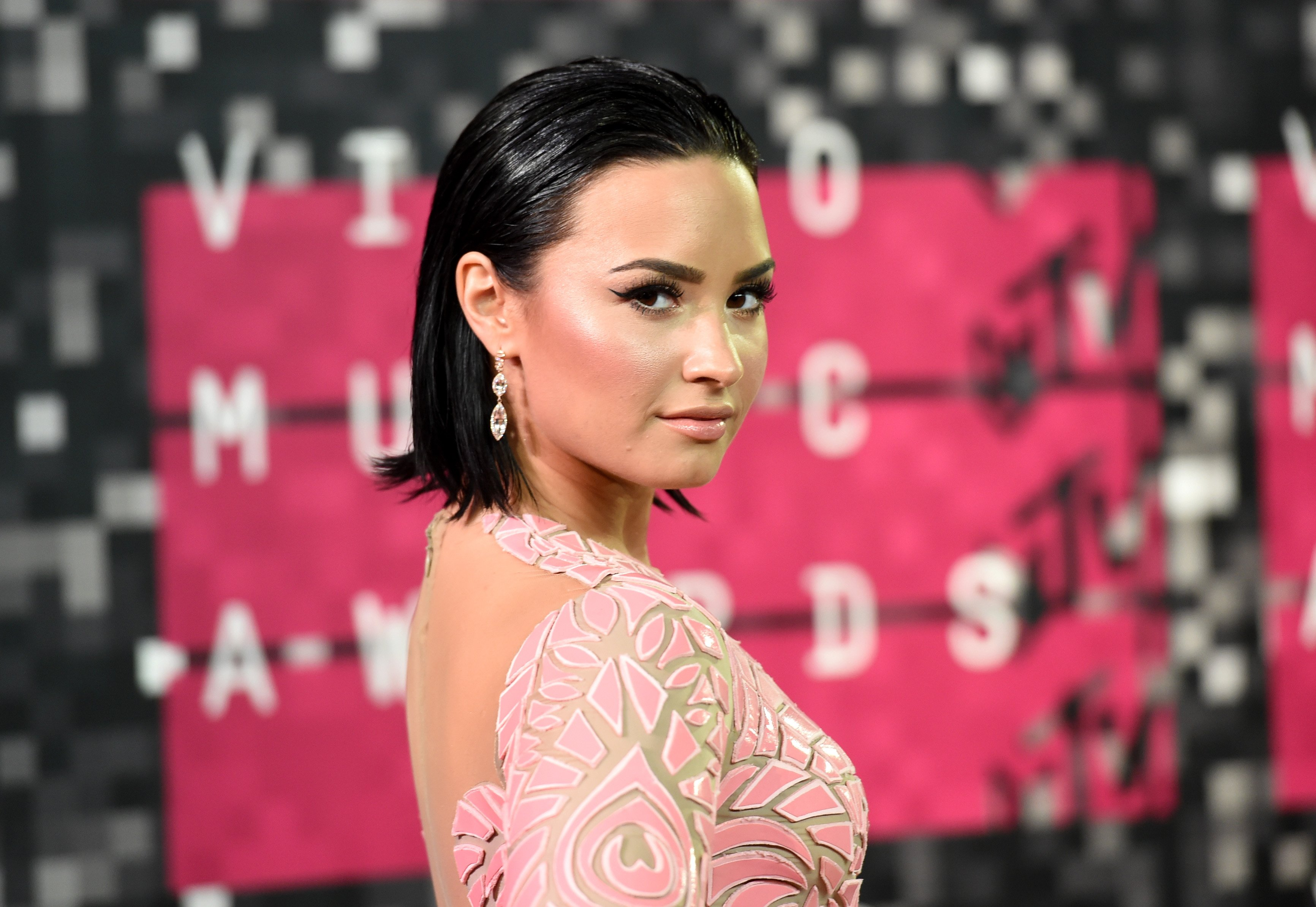 Demi Lovato attends the 2015 MTV Video Music Awards at Microsoft Theater on August 30, 2015 in Los Angeles, California | Photo: Getty Images