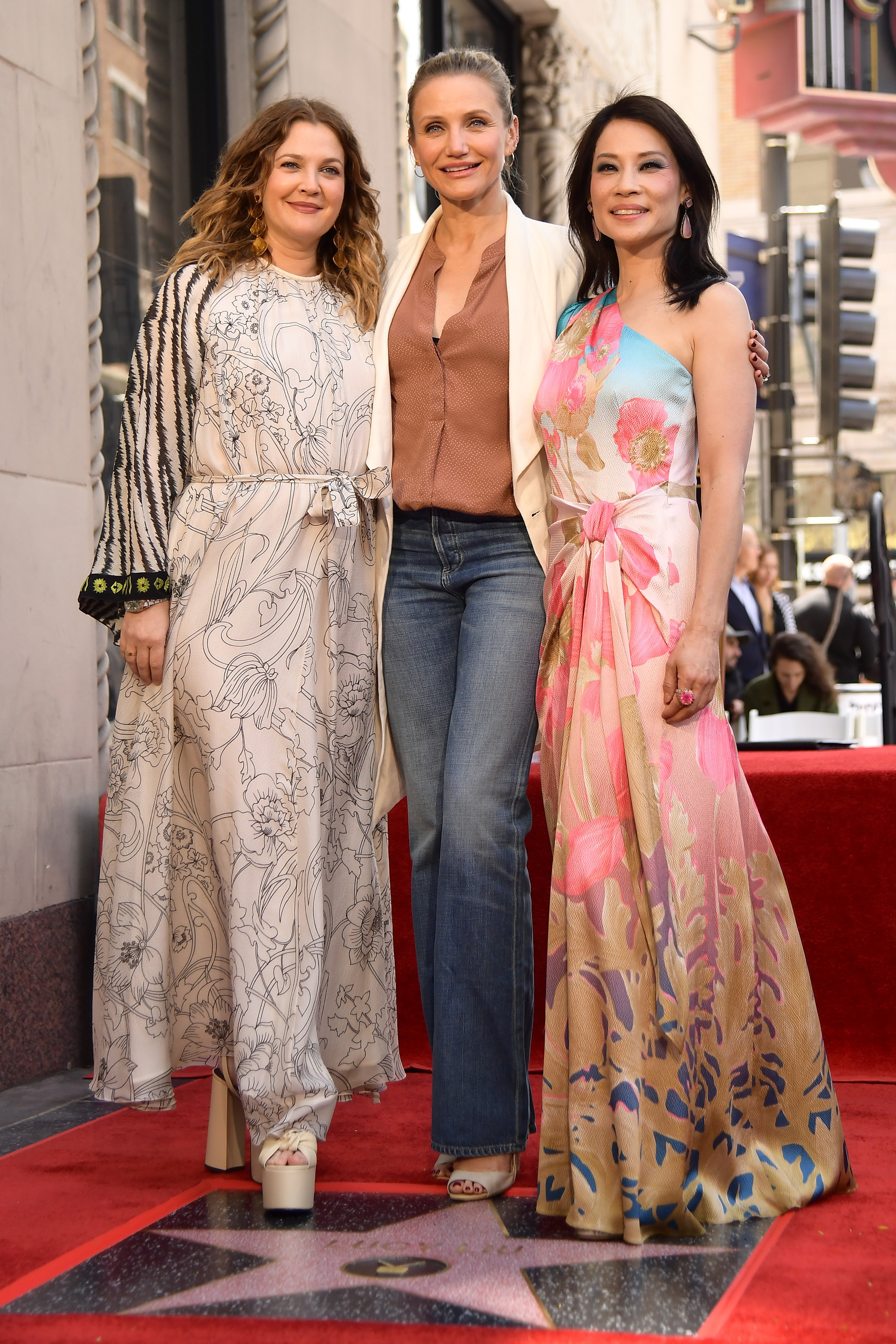 Drew Barrymore and Cameron Diaz at Lucy Liu's Star Cermony on The Hollywood Walk Of Fame on May 1, 2019 in Hollywood, California. | Photo: Getty Images