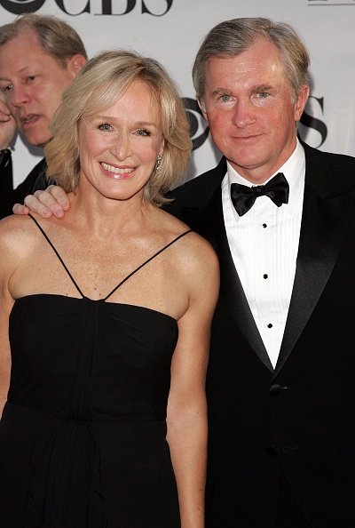 Glenn Close and David Evans Shaw at Radio City Music Hall June 11, 2006 in New York City, New York. | Photo: Getty Images