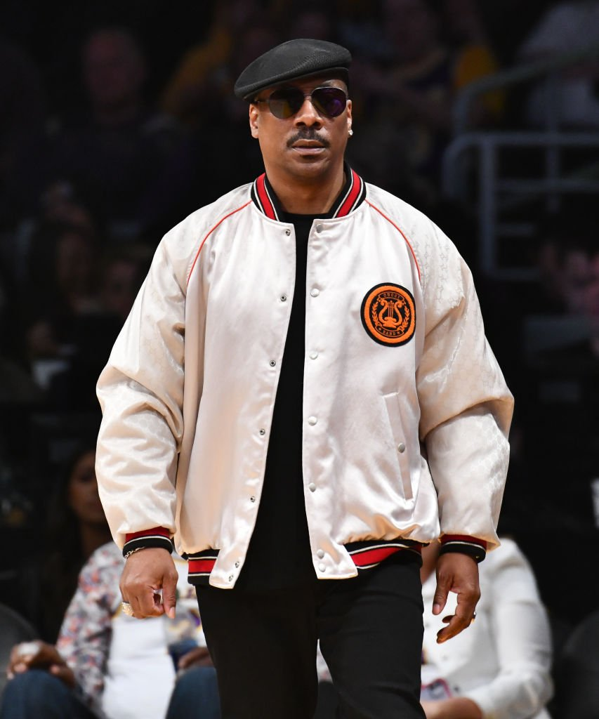 Eddie Murphy at a basketball game on February 23, 2020, in Los Angeles | Photo: Getty Images