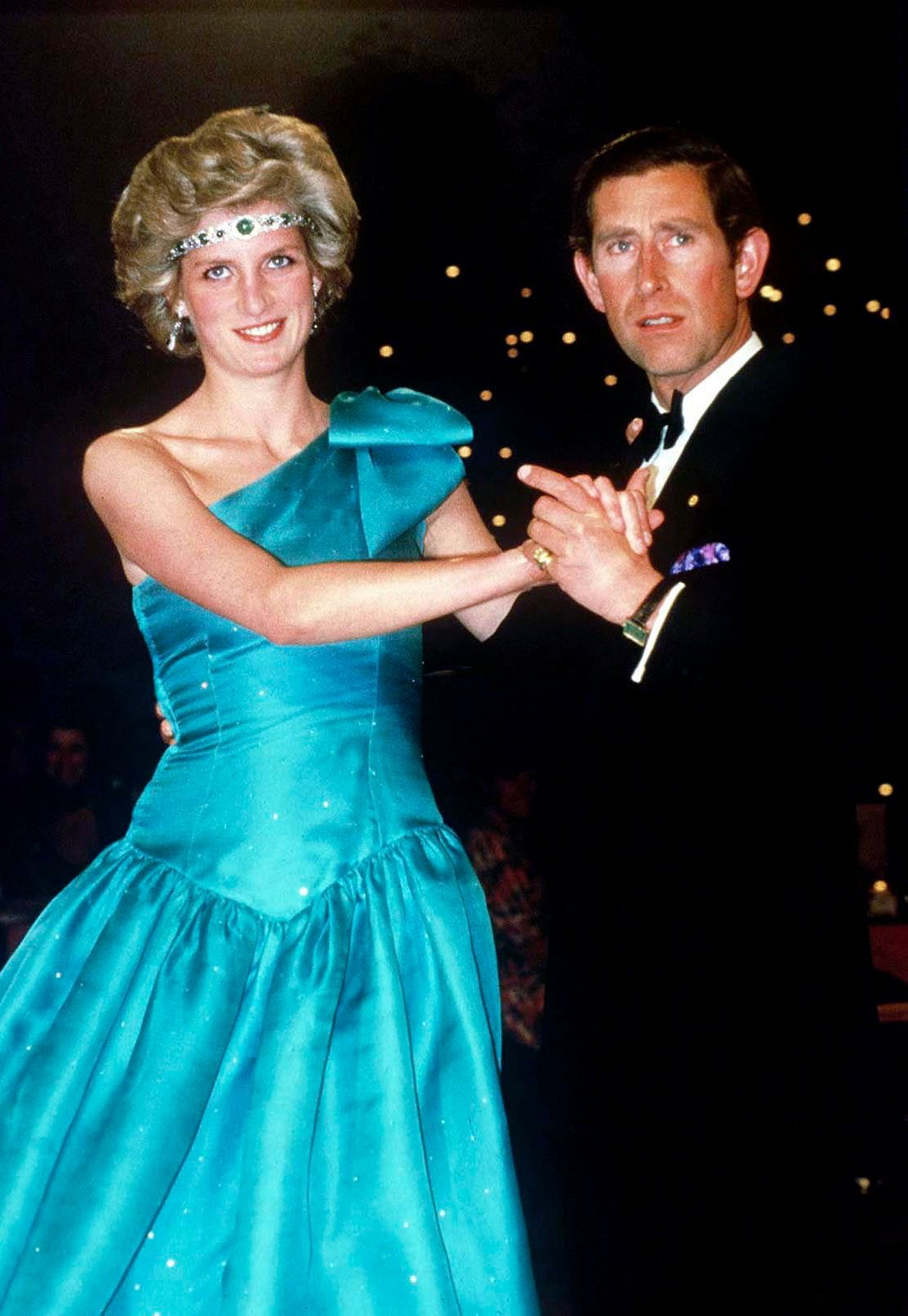 Prince Charles dancing with Princess Diana, In Melbourne, at their Official Tour Of Australia on October 01, 1985 | Photo: Getty Images